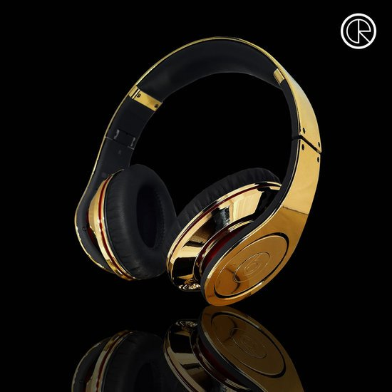 CrystalRocked_Gold-plated-Dr-Dre-Beats-Studio-Headphones-3.jpg
