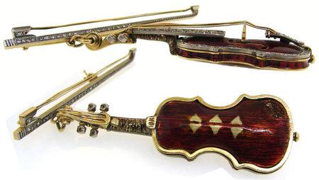 Diamond_studded_violin_brooch2.jpg