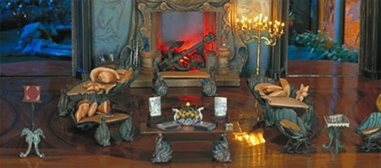 Dollhouse-diamond-studded-chandelier-4.jpg
