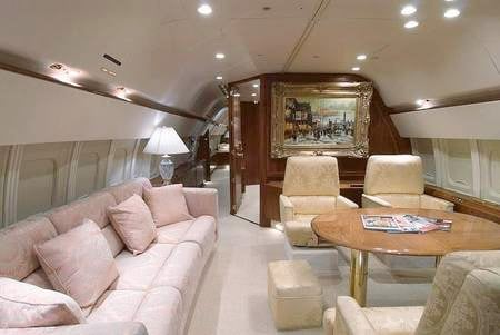 Donald_Trump_luxury_jet_5.jpg