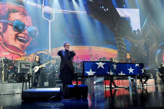 Elton-John's-Million-Dollar-Piano-4.jpg