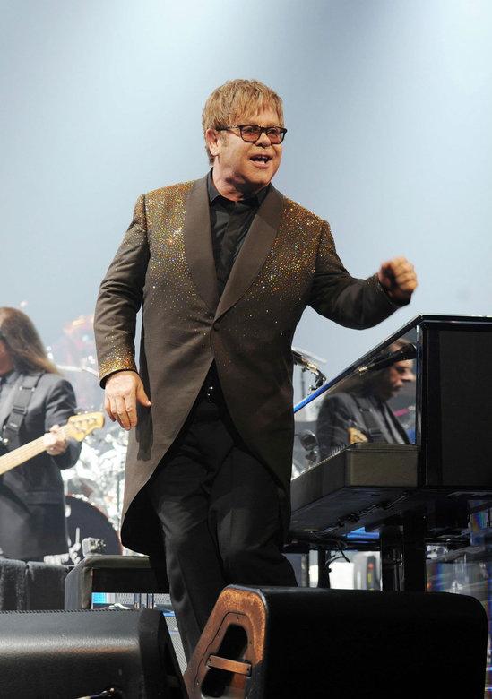 Elton-John's-Million-Dollar-Piano-5.jpg