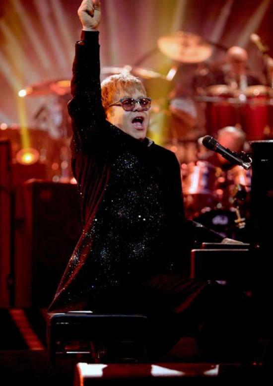 Elton_John_in_Swarovski-studded_costumes_2.jpg