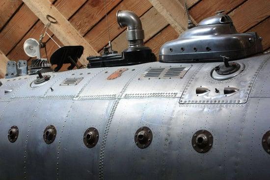 Fantasy-Submarine-kitchen-2.jpg