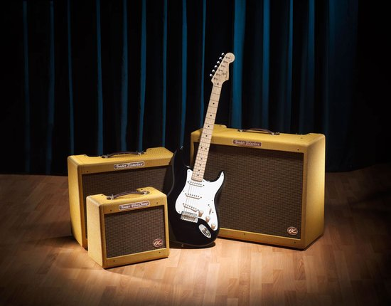 Fender-hand-built-signature-eric-clapton-amplifiers-main.jpg