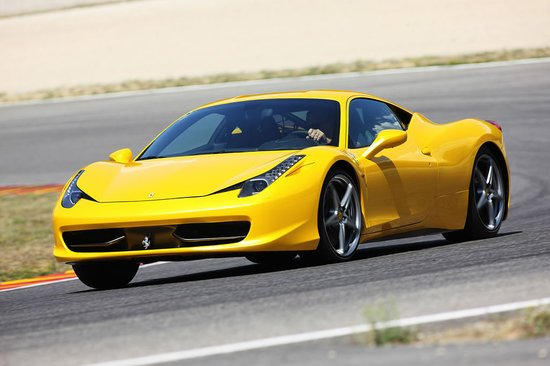 Ferrari-458-Italia-2.jpg