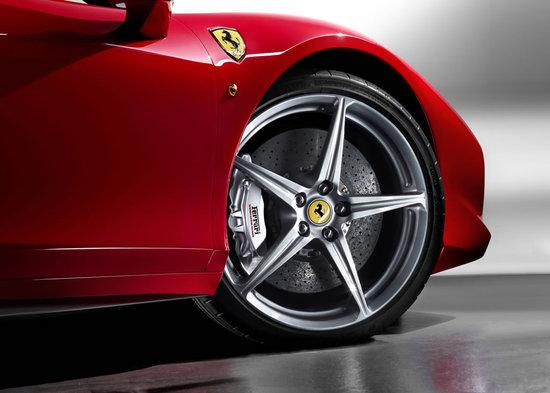 Ferrari-458-Italia-7.jpg