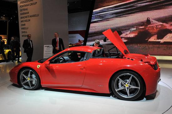 Ferrari-458-Spider-6.jpg