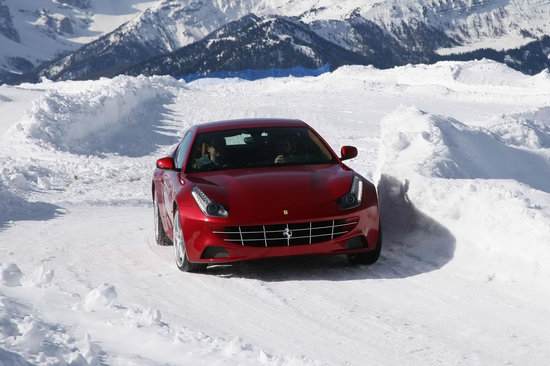 Ferrari-FF-2.jpg