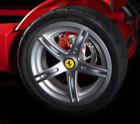 Ferrari-FXX-Racers-Pedal-Go-Kart2.jpg