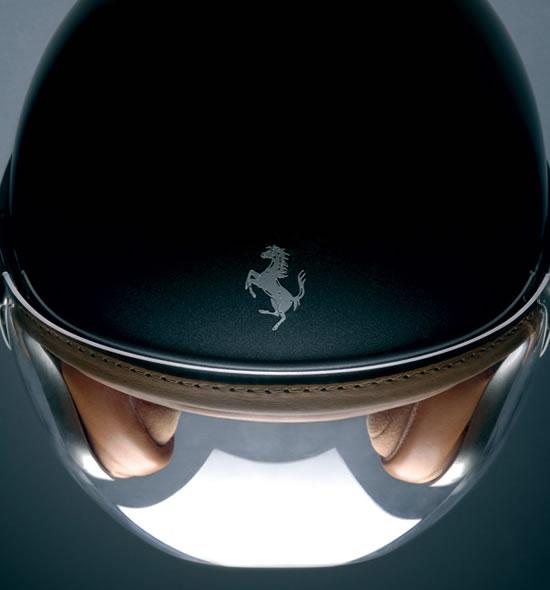 Ferrari-Style-helmet-2.jpg
