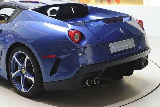 Ferrari-Superamerica-45-4.jpg