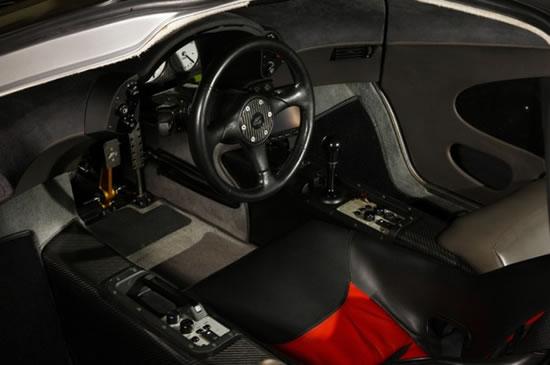 First_McLaren_F1_car_3.jpg