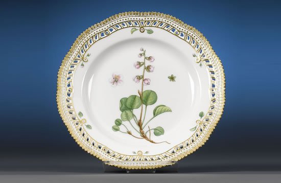 Flora-Danica-Dinner-set-3.jpg