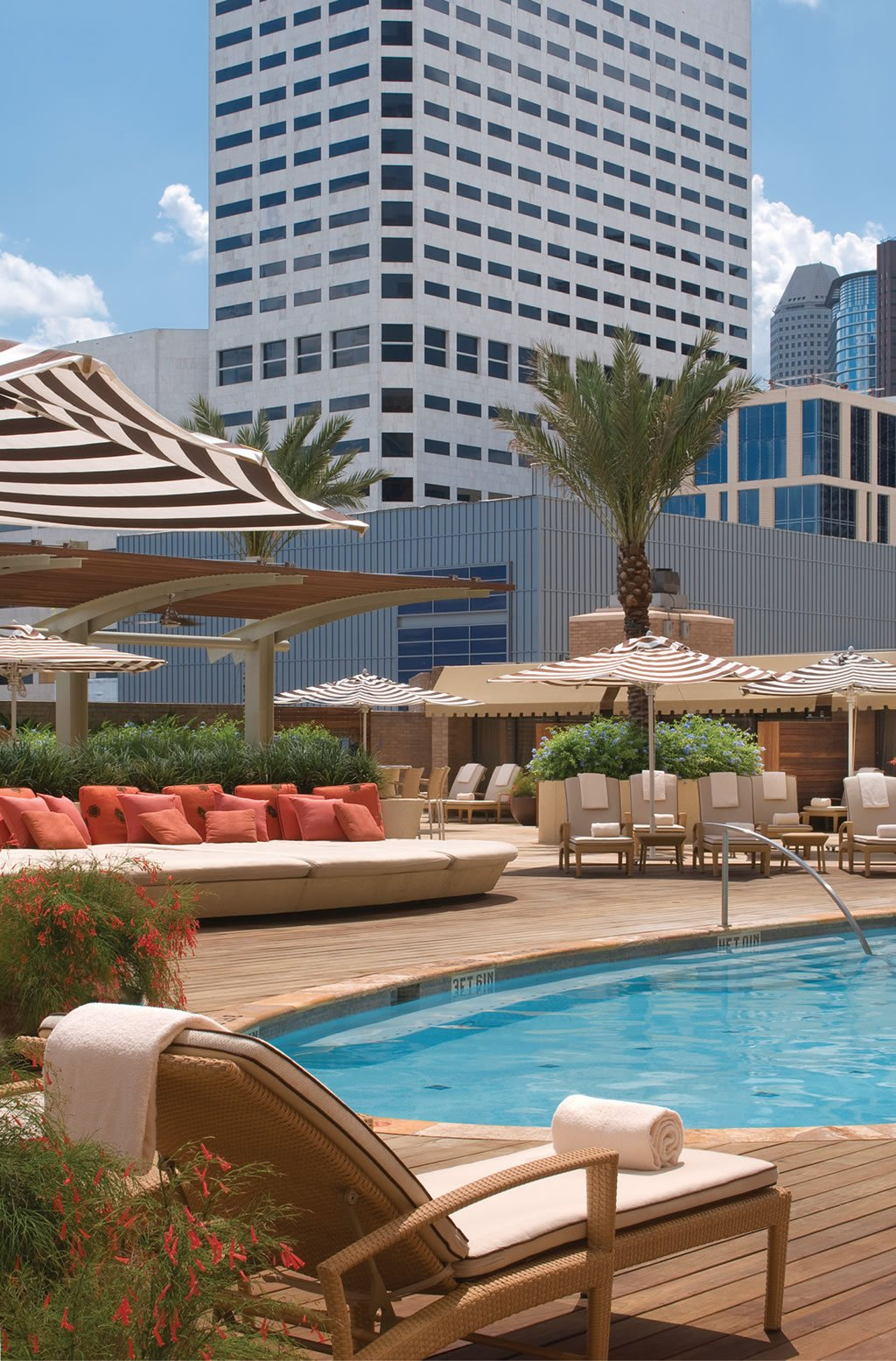 Four-Seasons-Hotel-Houston-2.jpg