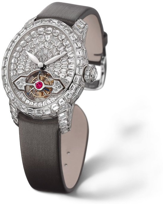 Girard-Perregaux-launches-Cat's-Eye.jpg