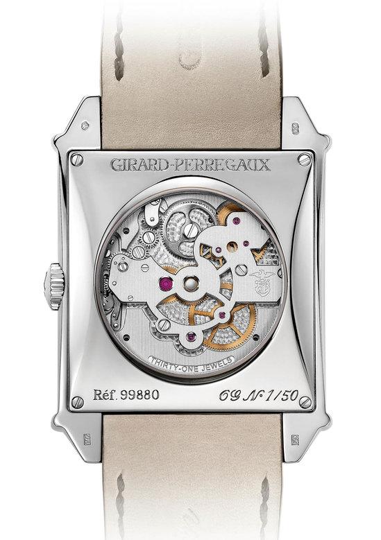 Girard-Perregaux's-Vintage-1945-Tourbillon-2.jpg