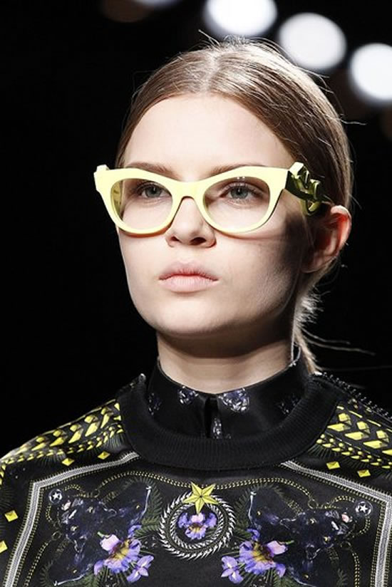 Givenchy-retro-inspired-glasses-2.jpg
