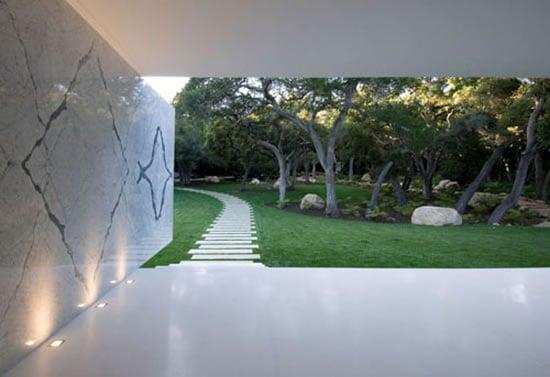 Glass-Pavilion3.jpg