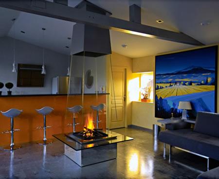 Glass_Fireplace_2.jpg