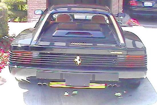 Gold-Trimmed-1987-Ferrari-Testarossa-4.jpg