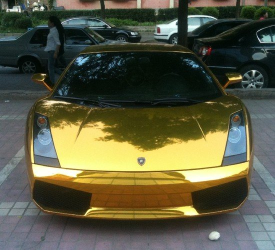 Gold-lamborghini-china_1.jpg