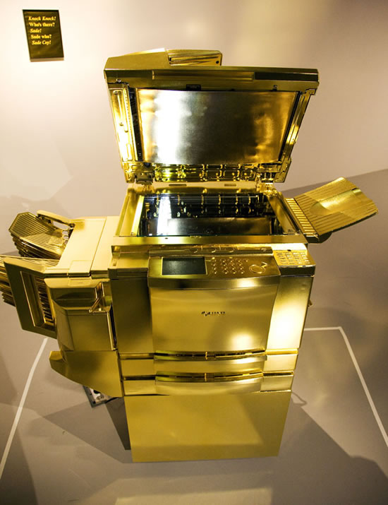 Gold_Canon-2011-photocopier-4.jpg