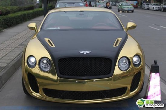 Gold_bentley-continental-ss-china_2.jpg