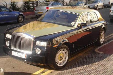 Gold_painted_Rolls_Royce_2.jpg