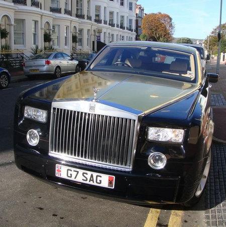 Gold_painted_Rolls_Royce_3.jpg