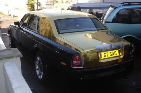 Gold_painted_Rolls_Royce_5.jpg
