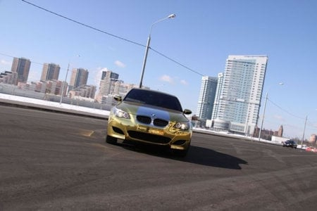 Gold_plated_BMW_M5_4.jpg