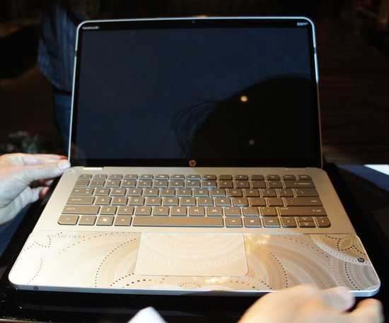 HP-and-Marchesa-Limited-Edition-Swarovski-Laptop-6.jpg