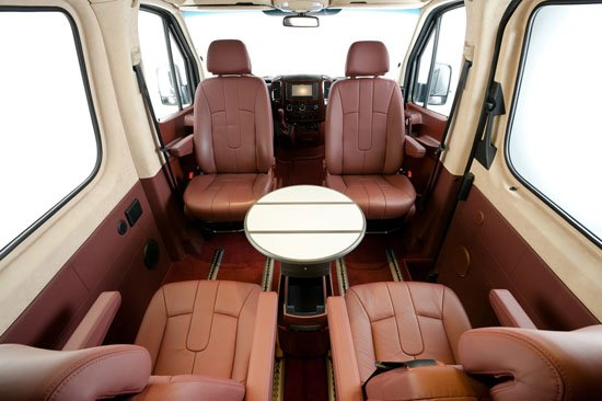 Hartmann-Mercedes-Sprinter-gets-an-Air-Force-One-inspired-interior3.jpg