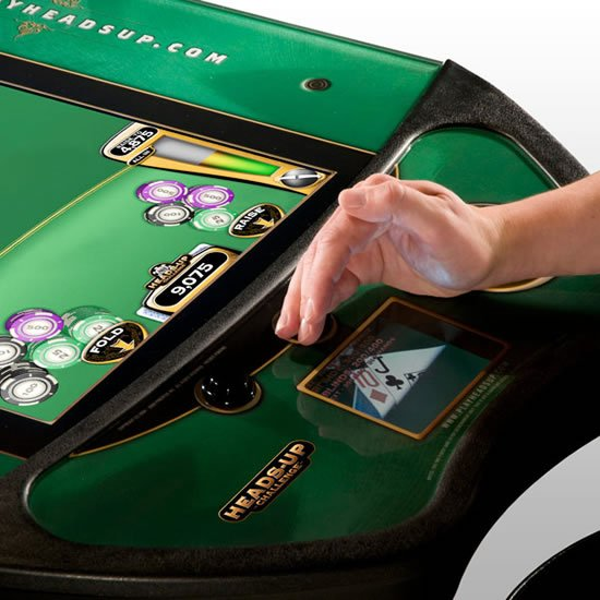 Heads-Up-Poker-Challenge-Machine-3.jpg