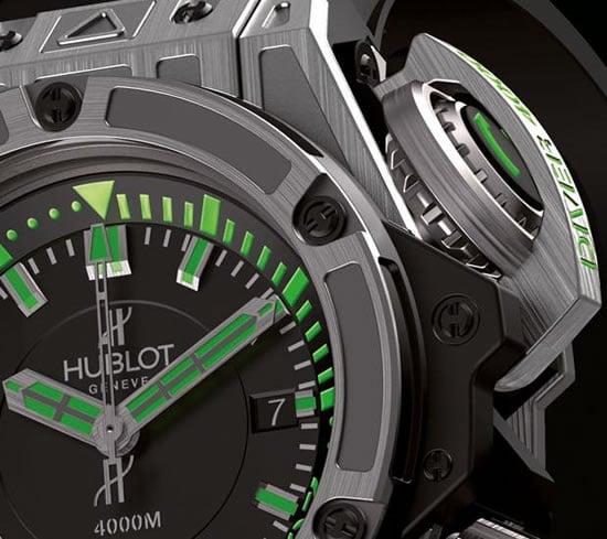 Hublot-King-Power-Diver-4000m-Titanium-3.jpg