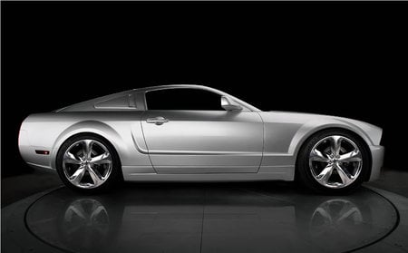 Iacocca-45th-Anniversary-Edition-Ford-Mustang2.jpg