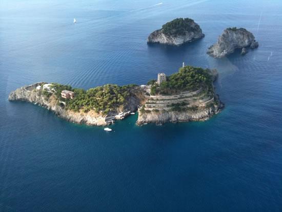 Italys_Amalfi_coast_2.jpg