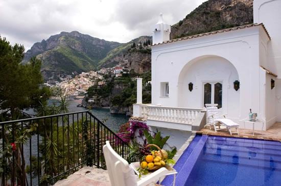 Italys_Amalfi_coast_3.jpg