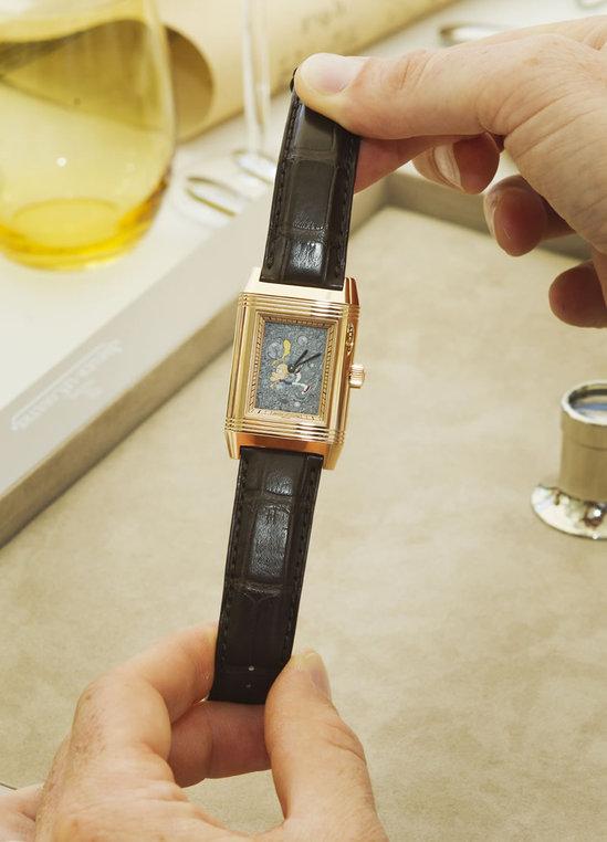 Jaeger-LeCoultre_presents_Reverso_by_Zep_6.jpg