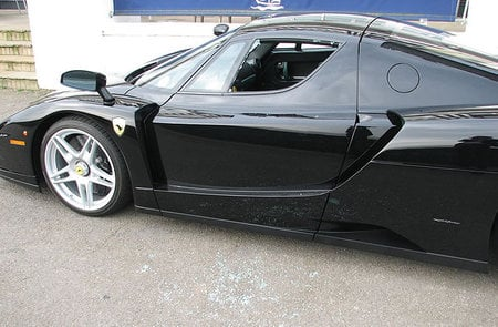 Jay_Kay's_Ferrari-Enzo2.jpg