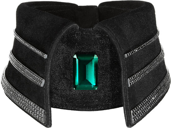 Karl Lagerfelds black diamond collar is one off fashion piece