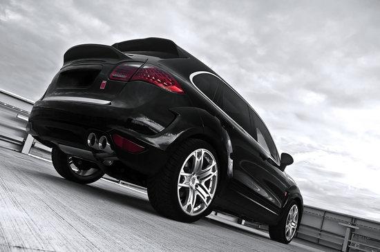 Kahn_Porsche_Cayenne_wide_track_edition_rear.jpg