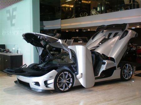Koenigsegg-CCXR-Trevita4.jpg