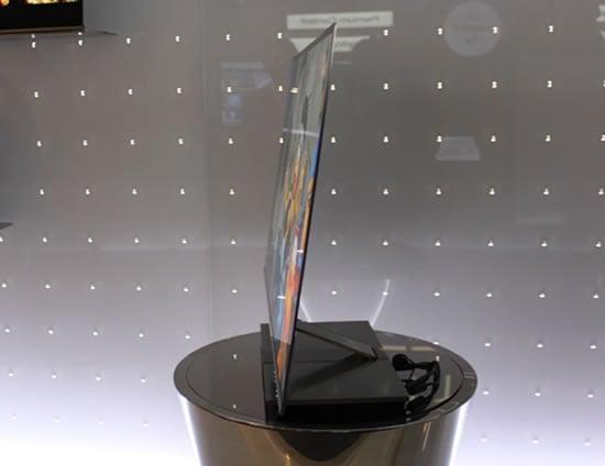 LG-Slimmest-OLED-3DTV-2.jpg