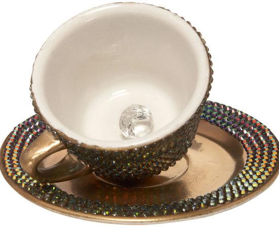 Lady-Gaga's-Swarovski-Teacup-2.jpg