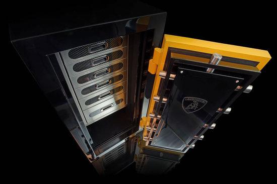Lamborghini-Vault-3.jpg