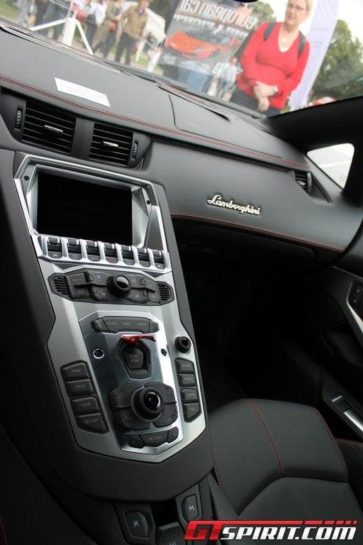 Lamborghini_Aventador_LP760-4_Dragon_Edition_4.jpg
