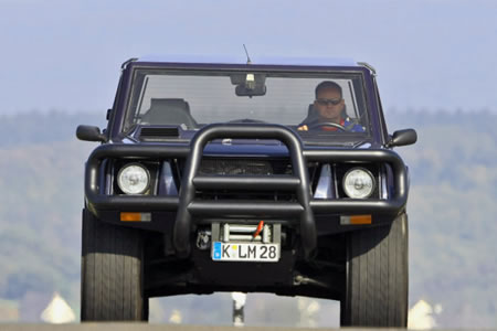 Lamborghini_LM_002_2.jpg