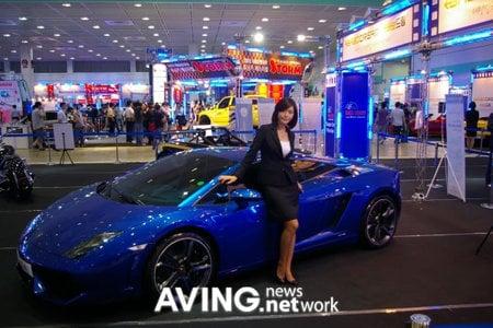 Lamborghini_gallardo_lP560-4_supercar2.jpg